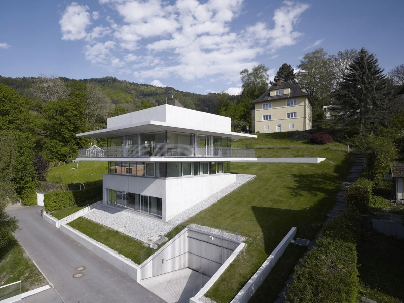 House by the Lake by Marte.Marte Architekten
