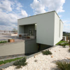 House in the Hill by Za Bor Architects (5)