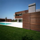 Residence in Larissa by Potiropoulos D+L Architects (3)