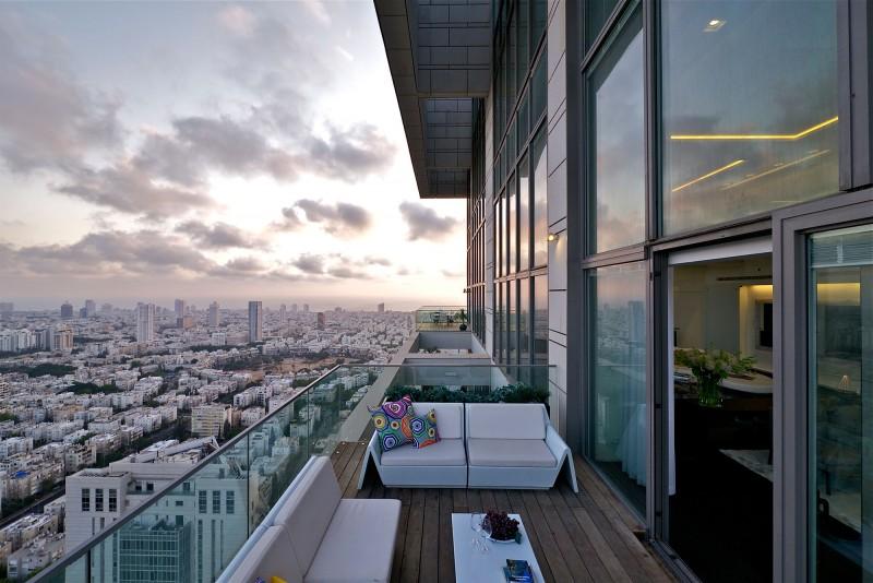 Bentley bays essential miami beach penthouse