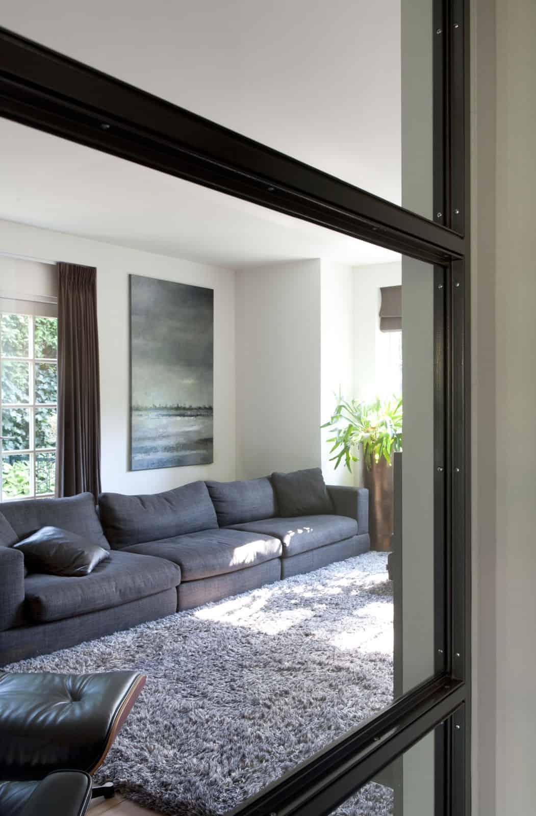 Villa in 'het Gooi' by Remy Meijers (1)