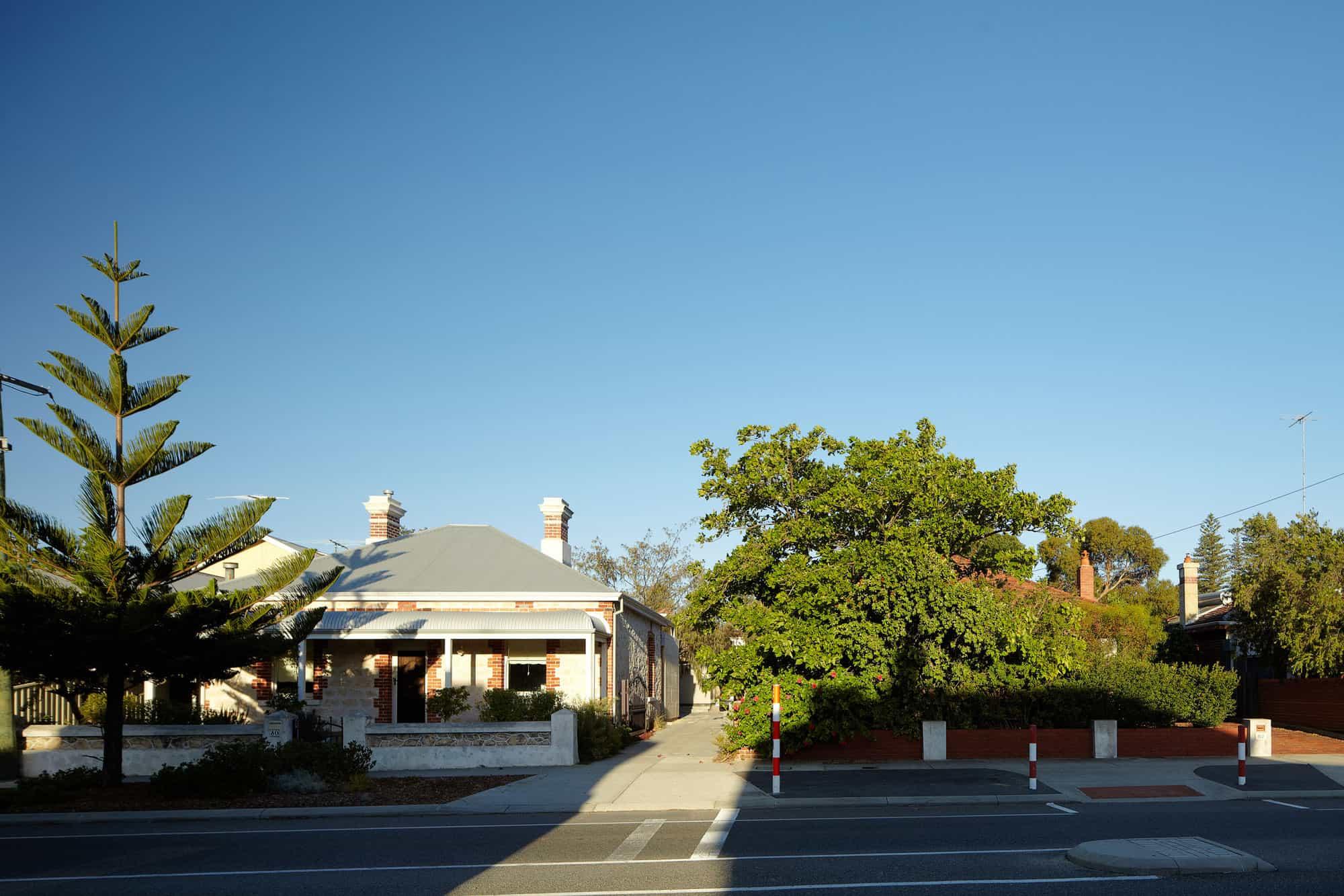 Fremantle Additions by Jonathan Lake Architects (1)