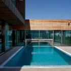 Water Patio House by Drozdov & Partners (5)