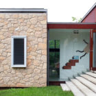 Foxground Farmhouse by Roth Architecture (4)