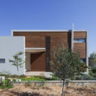 Valley House by Arbejazz Studio Architects (2)