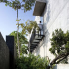 The Courtyard House by Formwerkz Architects (2)
