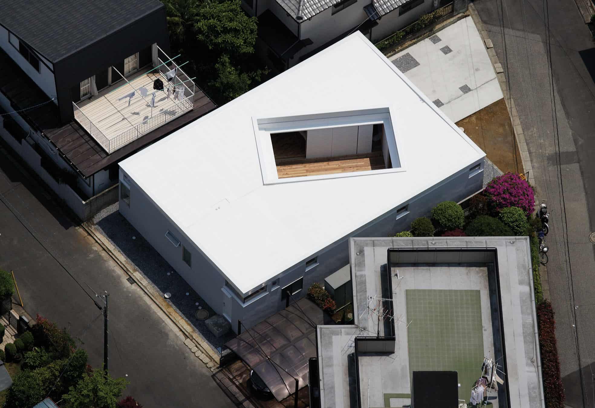 F-White by Takuro Yamamoto Architects