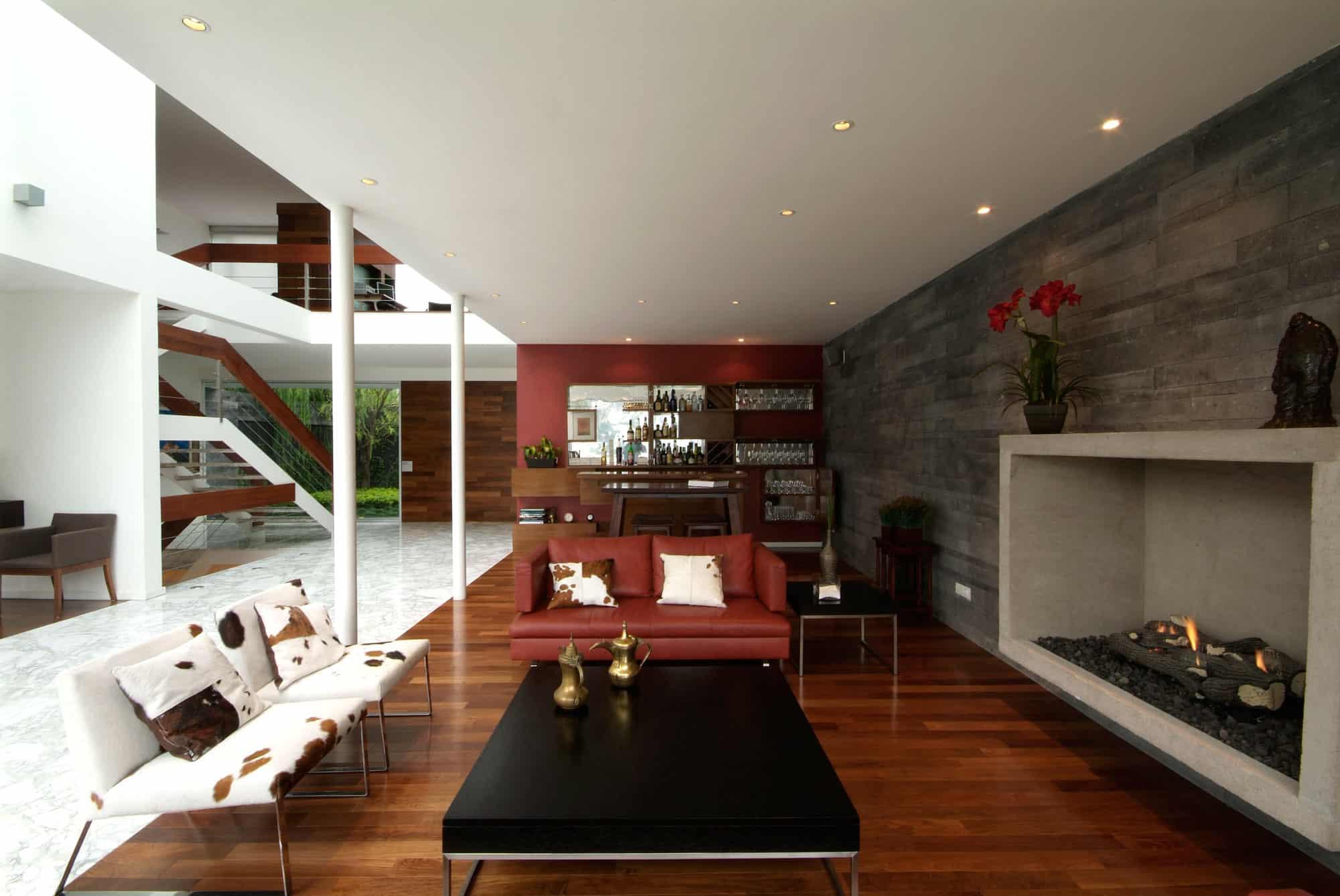 Casa a p by din interiorismo