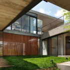 Itahye Residence by Apiacás Arq & Brito Antunes Arq (2)