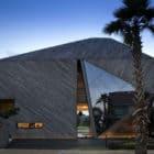 The Diamond House by Formwerkz Architects (5)