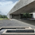 House Cast in Liquid Stone by SPASM Design Architects (5)