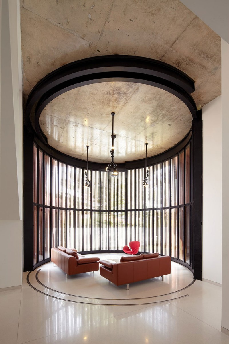 Voila house by fabian tan architect mozeypictures Image collections