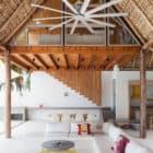 Costa Azul House by Cincopatasalgato Architecture (2)