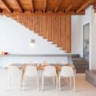 Costa Azul House by Cincopatasalgato Architecture (4)