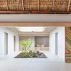 Costa Azul House by Cincopatasalgato Architecture (5)