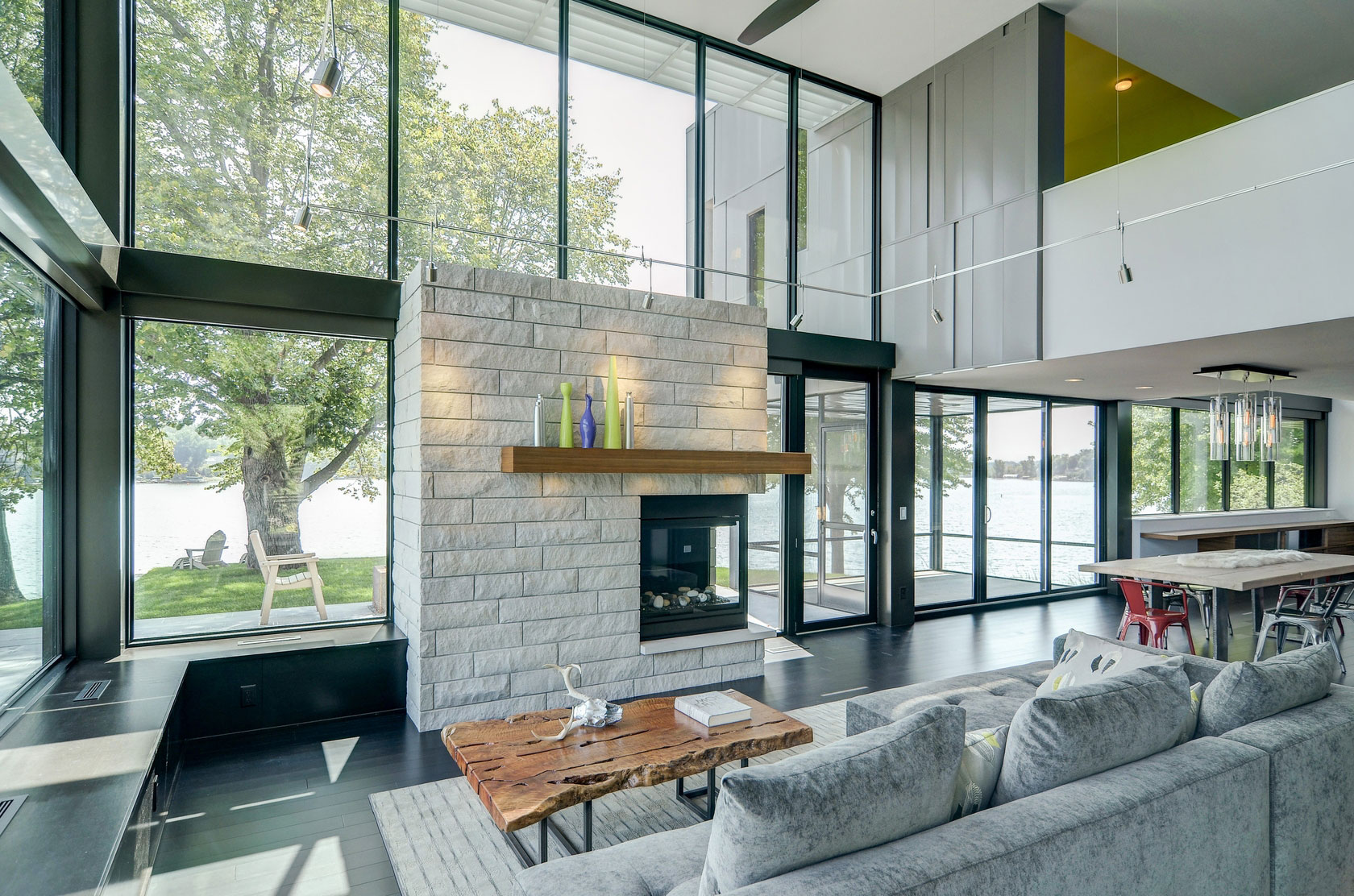 Retro House Design Edgewater residence by rosenow peterson design sisterspd