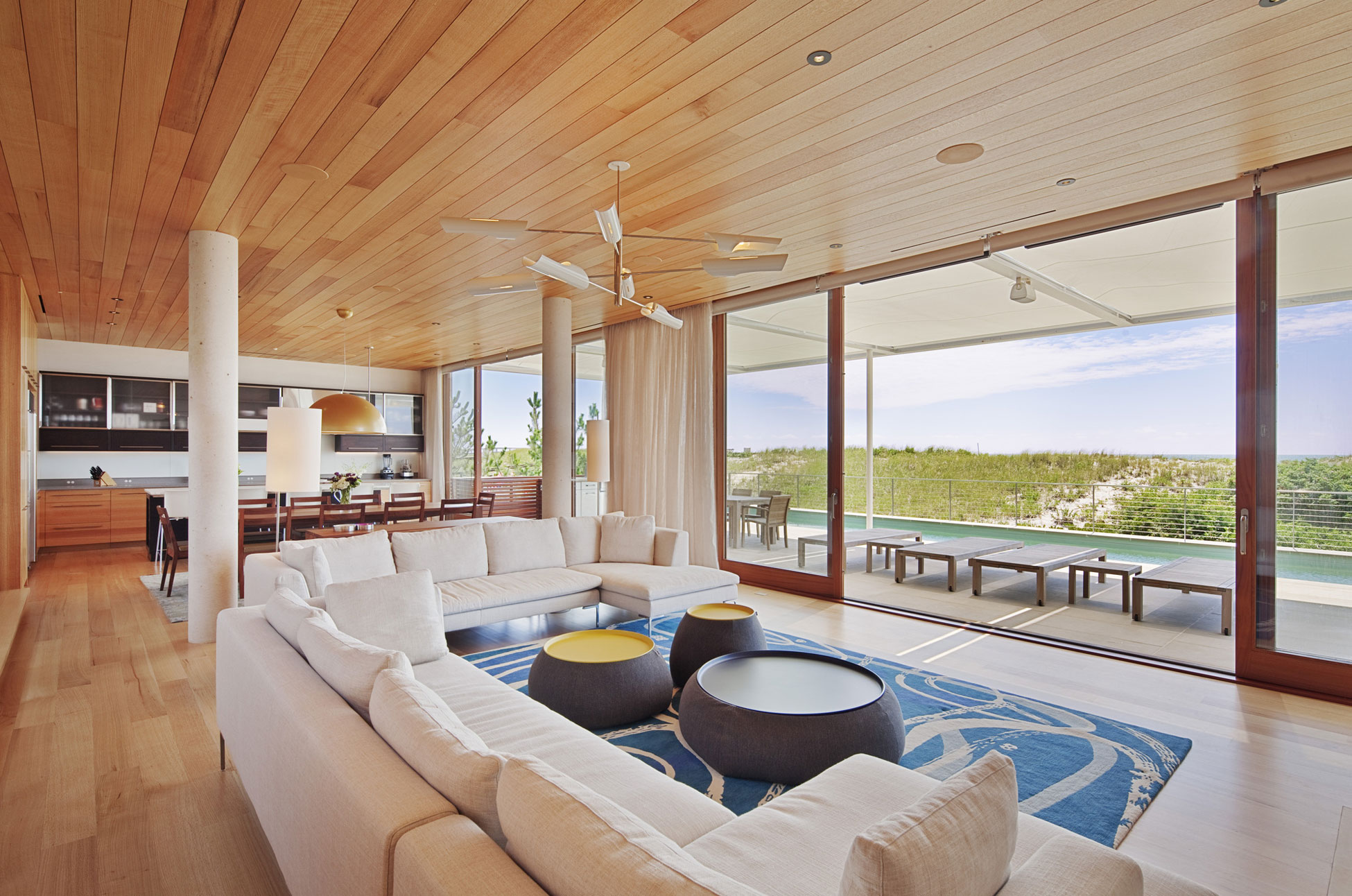 house - Breathtaking Beach Houses In New York