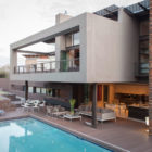 House Duk Meyersdal by Nico van der Meulen Architects (1)