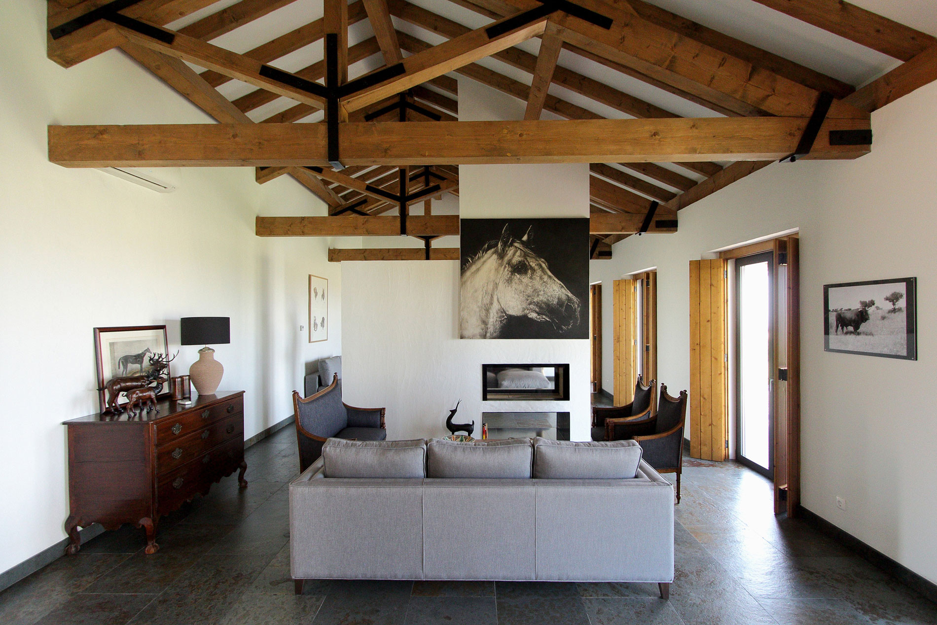 House in Vila Boim by Intergaup