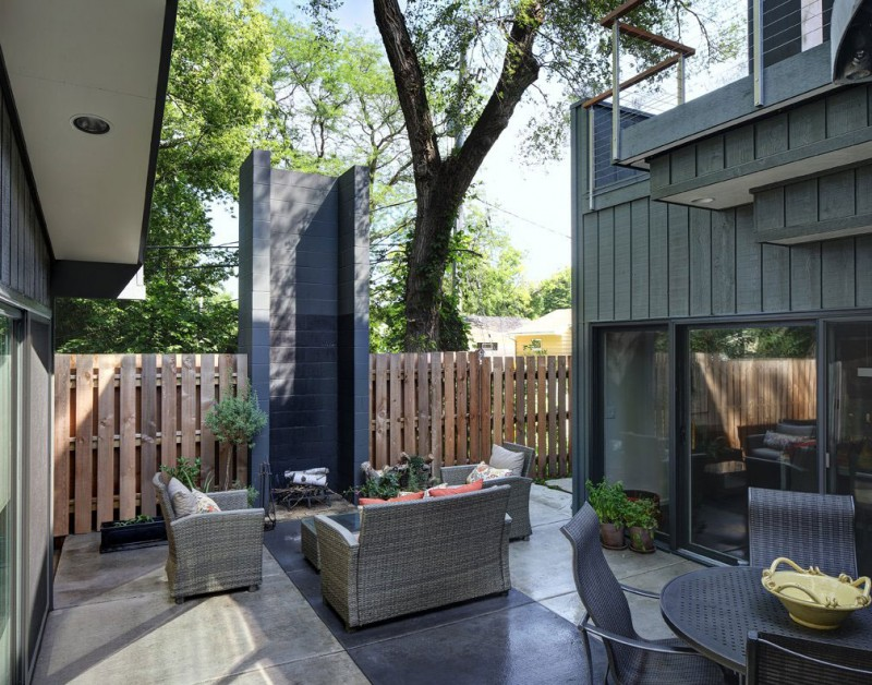 Midvale Courtyard House by Bruns Architecture