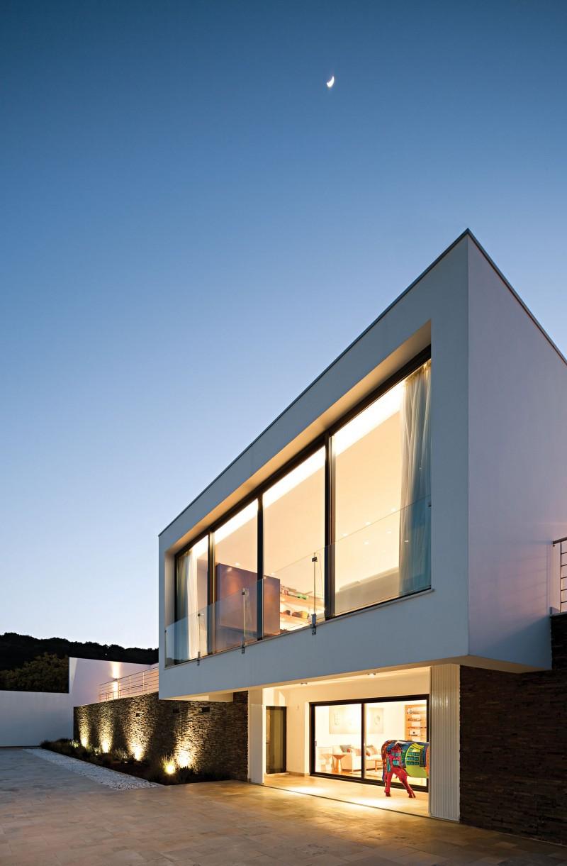 Ribatejo house by atelier nuno lacerda lopes - Maison ribatejo y atelier nuno lacerda lopes ...