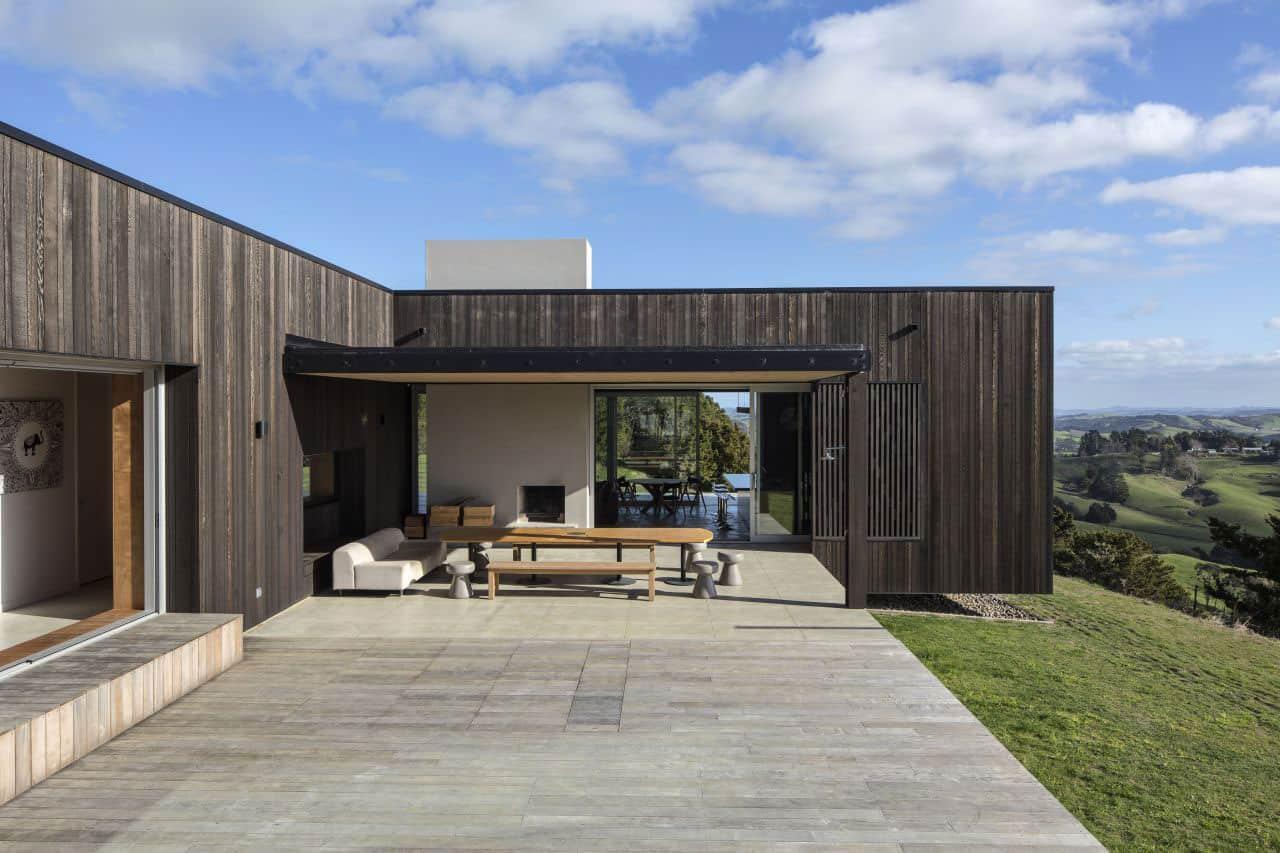 Te Hana Farmhouse by S3 Architects