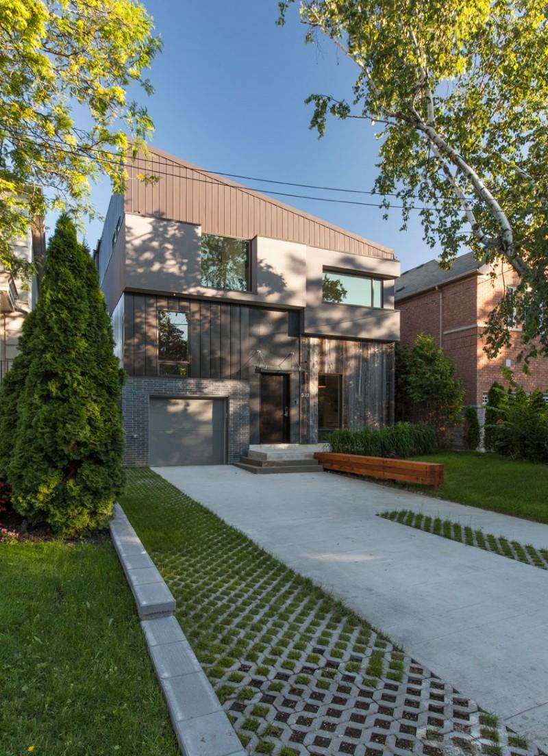 Tetris House by rzlbd