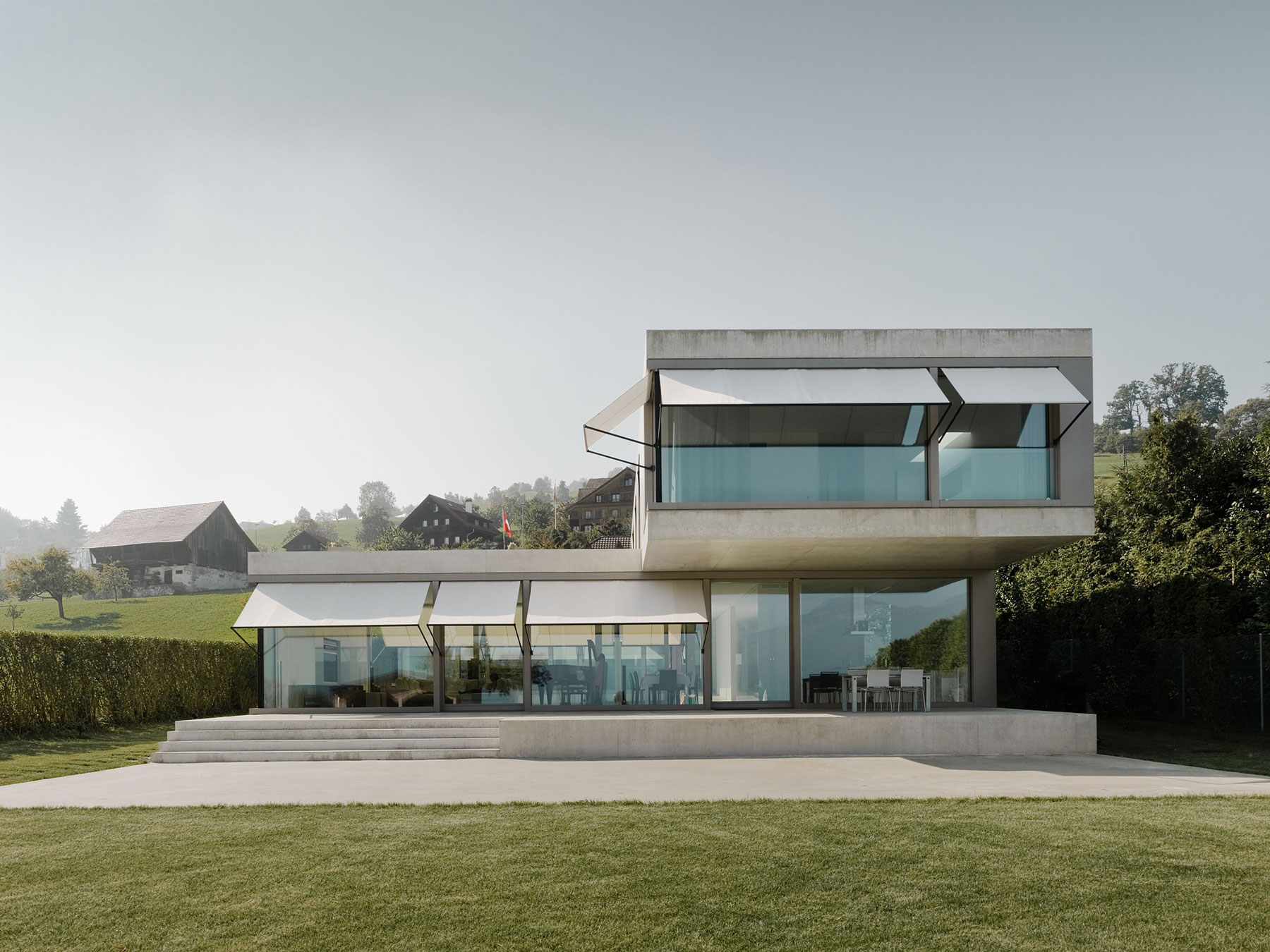 Villa M by Niklaus Graber + Christoph Steiger Architekten