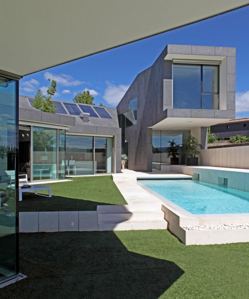 House in rubí by beta office architects