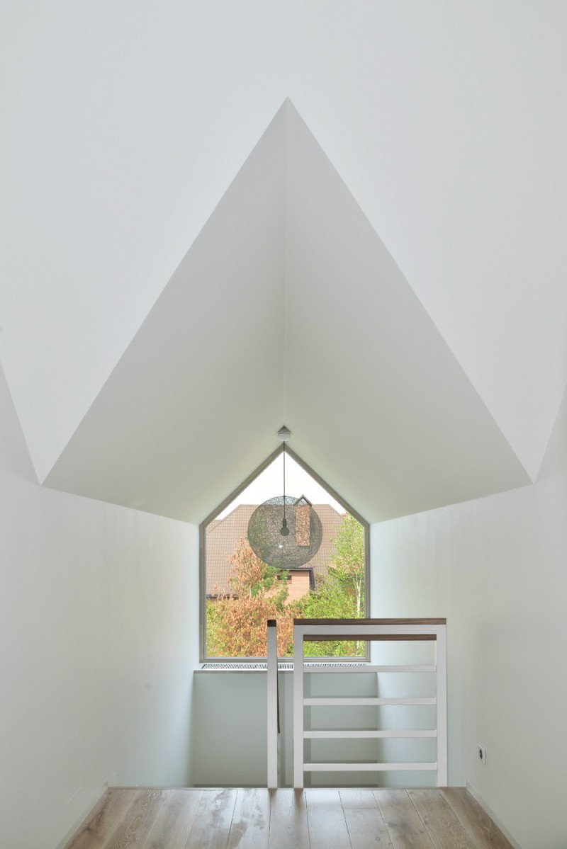 Reconstruction of a House by Studio AI