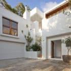 The Sunshine Beach House by Wilson Architects (2)