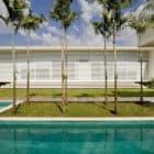 Casa do Patio by Leo Romano (5)