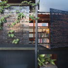 The Left-Over-Space House by Cox Rayner Architects (4)
