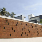 Running Wall Residence by LIJO RENY architects (5)