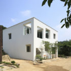 9X9 Experimental House by Studio Archiholic (4)
