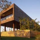 CT House by Bernardes + Jacobsen Arquitetura (3)