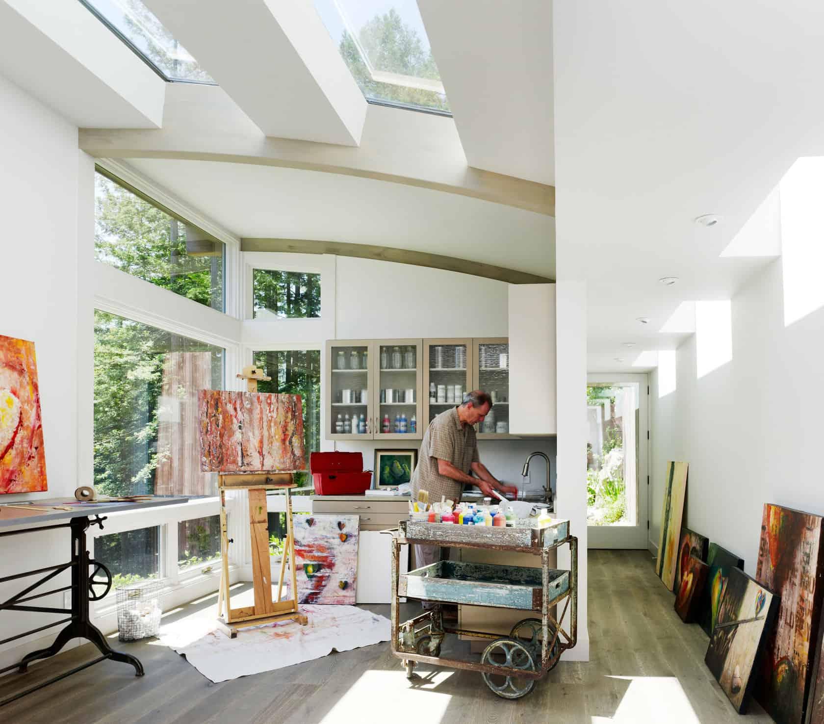 Идеи для домашнего офиса: различные решения на фото.