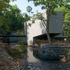 House on a Stream by Architecture BRIO (4)
