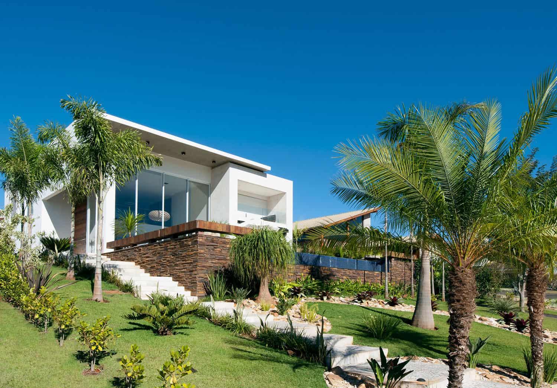 Aldeia 082 House by Dayala + Rafael Arquitetura