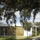 House in an Oak Grove by Murado & Elvira Arquitectos (3)