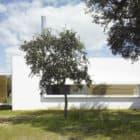 House in an Oak Grove by Murado & Elvira Arquitectos (4)