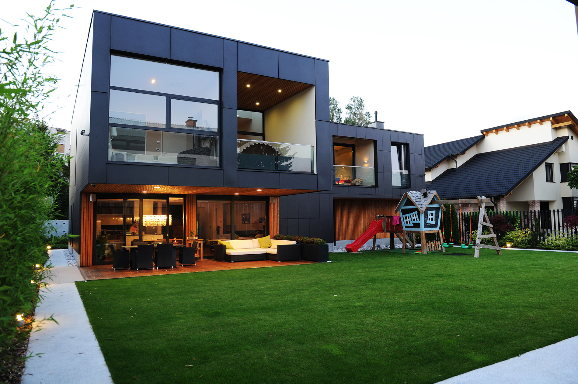 The Black Villa by Primož Novak & Demšar arhitekti d.o.o.