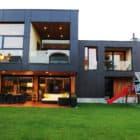 The Black Villa by Primož Novak & Demšar arhitekti (3)