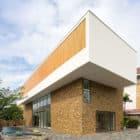 Fuschia Villa by MimA NYstudio + Real Architecture (2)