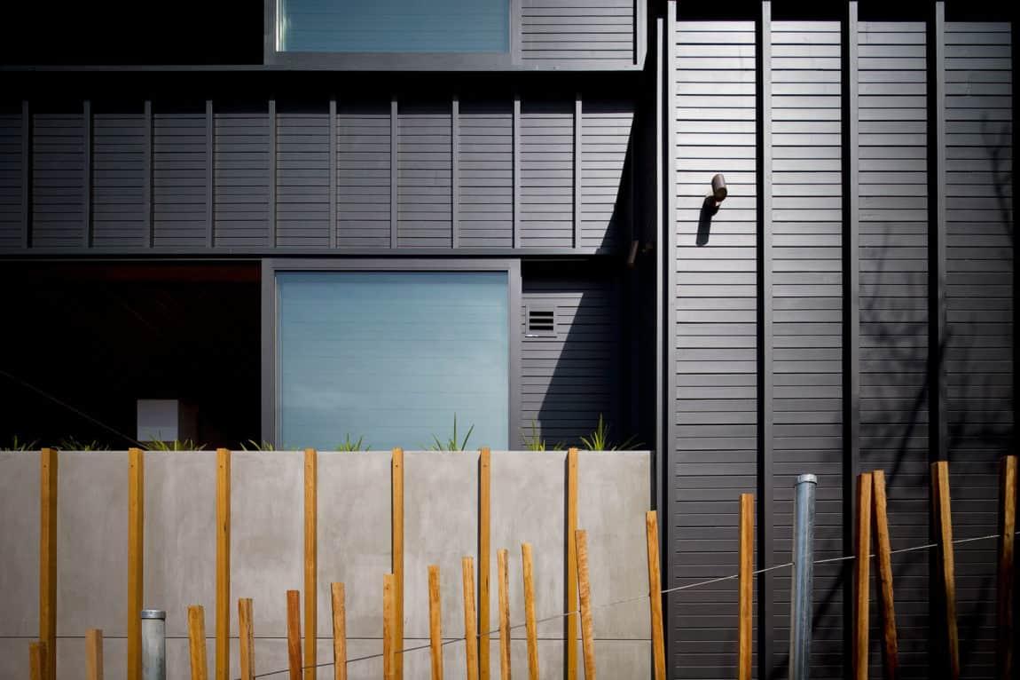 2 Corner House by Mark Elkan (17)