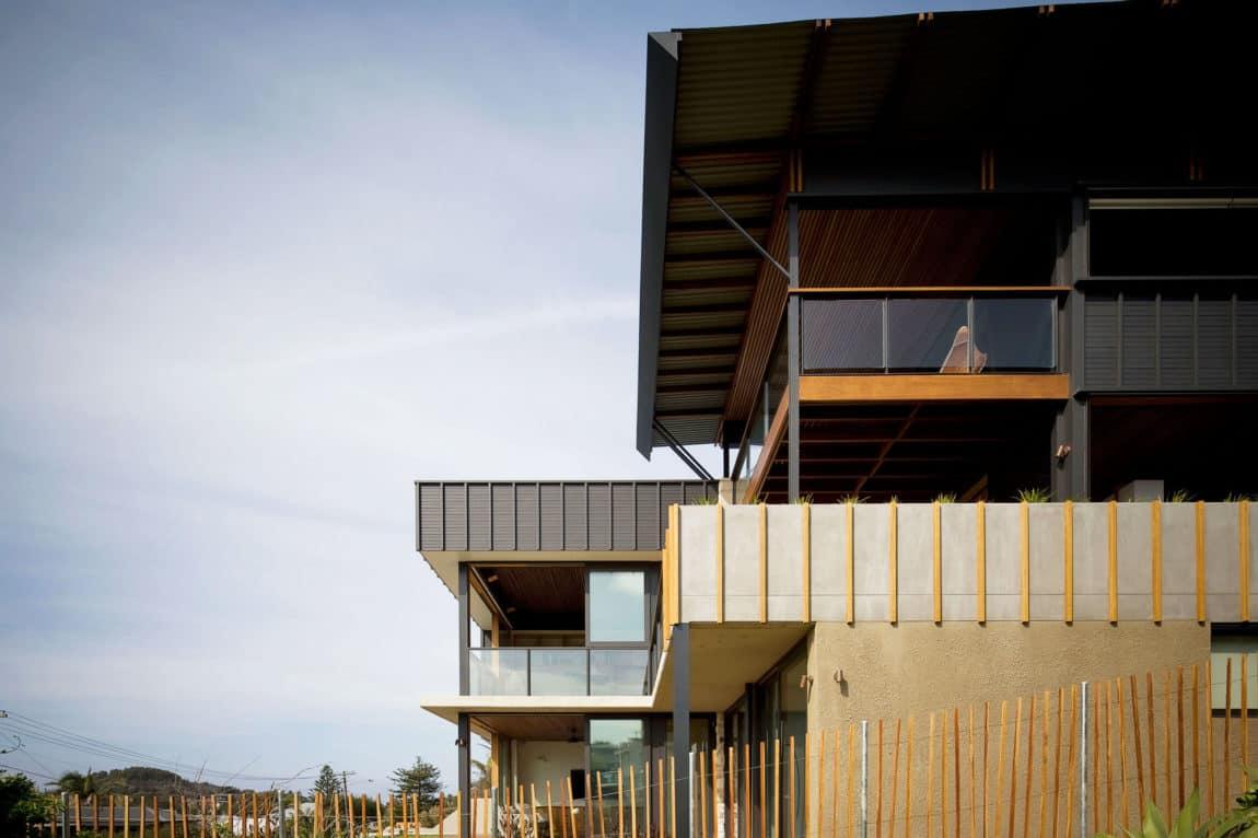 2 Corner House by Mark Elkan (18)