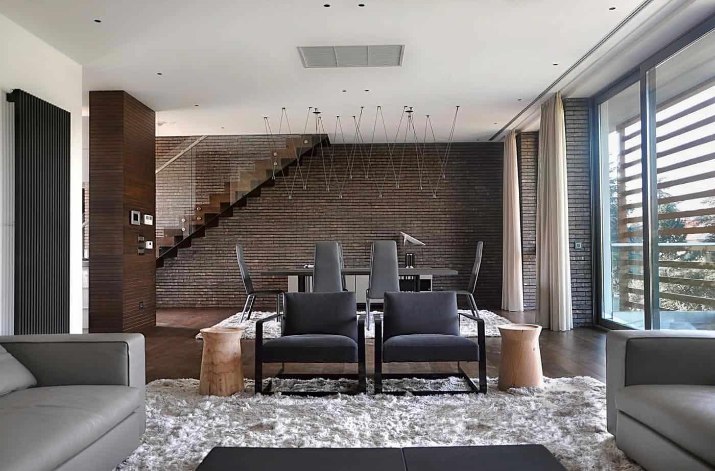 An Apartment in Belgrade by Aleksandar Savikin