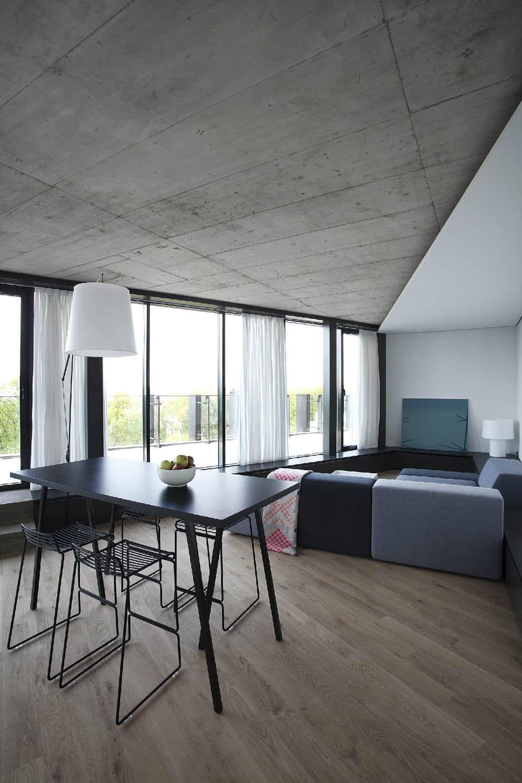 Apartment Flat in Vilnius by Inblum (4)