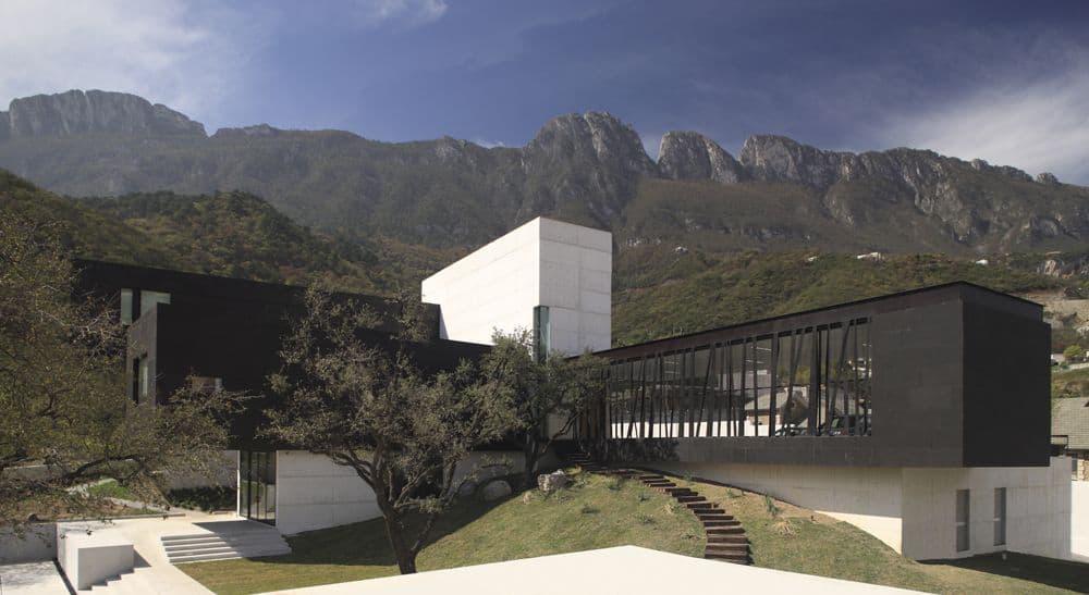 Casa BC by GLR Arquitectos (1)