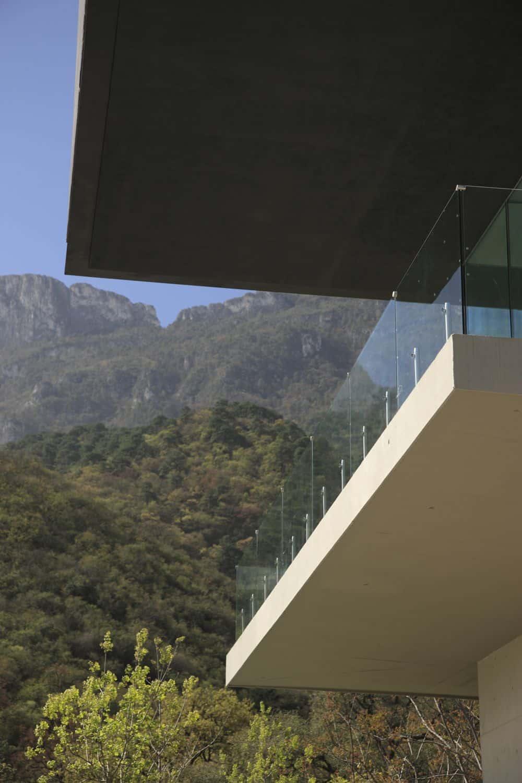 Casa BC by GLR Arquitectos (6)